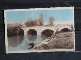 F01 - 32 - Valence Sur Baise - Le Pont Sur La Baise - Edition APA Poux - Lavandiere - Other Municipalities