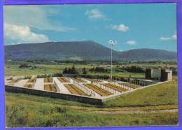 Carte Postale 26. Vassieux-en-Vercors  Le Cimetière Militaire National   Trés Beau Plan - France