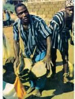 VÖLKERKUNDE / ETHNIC - Cote D´Ivore, Region De MAN, Joueur De  Tam - Tam - Elfenbeinküste
