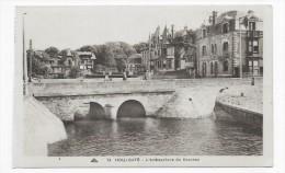 HOULGATE - N° 79 - L' EMBOUCHURE DU DROCHON AVEC PERSONNAGES - CPA NON VOYAGEE - Houlgate