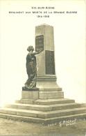 02 VIC SUR AISNE CARTE PHOTO CLICHE RACAULT SOISSONS MONUMENT AUX MORTS GUERRE 1914 1918 AISNE - Vic Sur Aisne