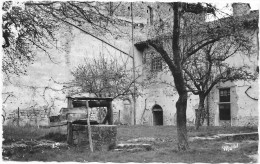 CHAUMONT-LE-BOURG  (cpsm 63)  Le Prieuré (X Et XII Siècle) Cour Intérieure - - France