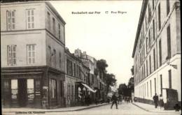 17 - ROCHEFORT - Rue Bégon - Rochefort