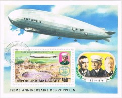 Hojita Republica Malgache. MADAGASCAR. 75 Anniversiare ZEPPELIN 1976 º - Madagascar (1960-...)