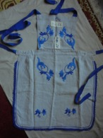 Ancien - Tablier Pour Femme (Confection Artisanale) Allemagne - Vintage Clothes & Linen