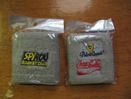 "1 Bracelet De Tennis En éponge Brodé ""Spirou Basket Club/ Coca-Cola Recto-verso - Caps"