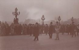 Militaria - Funérailles Du Maréchal Joffre - Président De La République Et Prince Héritier De Belgique - Characters