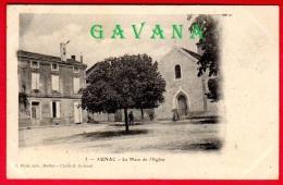 16 AUNAC - La Place De L'Eglise - Francia