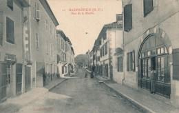 64 - HASPARREN - Pyrénées Atlantiques - Rue De La Mairie - Hasparren