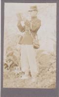 PHOTO FORMAT 10 X 7  EN AVRIL MAI 1910  FEUGA  LE FACTEUR DE CASTELJALOUX  EN LOT ET GARONNE - Fotos