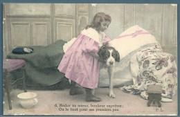 CPA - ENFANTS - FILLETTE ET CHIEN - Scènes & Paysages