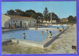 Carte Postale 46. Labastide Murat La Piscine  Trés Beau Plan - Other Municipalities