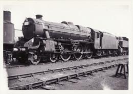Railway Photo LMS Stanier Black 5 45411 Eastleigh Shed 1963 4-6-0 Loco - Eisenbahnen