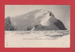 Arête Des Bosses Et Le Mont Blanc ; Vus Du Dôme Du Goûter - France