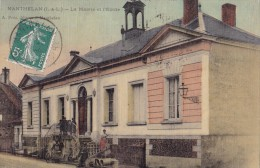 Manthelan - La Mairie Et L'Ecole - France