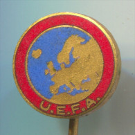FOOTBALL / SOCCER / FUTBOL / CALCIO - UEFA, Federation, Association, Enamel, Vintage Pin, Badge, BERTONI MILANO - Fútbol