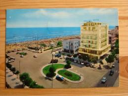 Rn1393)  Riccione  (Alba)  Piazzale Azzariti - Spiaggia - Rimini
