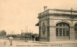 CPA - VILLEFRANCHE-sur-SAÔNE (69) - Aspect Du Boulevard Louis-Blanc Et De La Gare Du C.F.B. En 1910 - Villefranche-sur-Saone