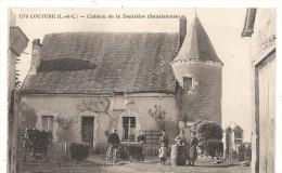 COUTURE . CHATEAU DE LA DENIZIERE - France