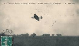 ( CPA 78 )  Champ D'Aviation De VÉLIZY  /  Aéroplane évoluant Sur La Campagne - - Velizy
