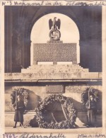 PHOTO MILITAIRE WW2 Guerre @ MUNICH - Munchen En 1942 Mahnmal In Der Federrnhalle - Guerre, Militaire