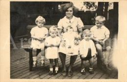 Photo Ancien / Foto / Old Photo / Family / Famille / Mother With Children / Mère Avec Enfants / Mathilde Roothoofd - Personnes Identifiées