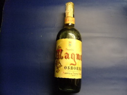 ANTIGUA BOTELLA BRANDY MAGNO CONTENIDO LITRO VINTAGE 1965 / 1975 - Spirituosen