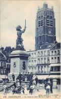 NORD  59  DUNKERQUE  LA STATUE DE JEAN BART ET LE BEFFROI - Dunkerque