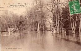 - 91 - Innondations De L'Yerres à SOULINS, 1910. - Au Fond, Le Château Du Réveillon. - Cpa, En L'état - - Brunoy