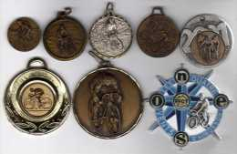 Lot De 9 Médailles Sport Cyclisme - France