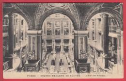 CPA * PARIS * GRANDS MAGASINS DU LOUVRE * Hall Des Soieries * 1924 *  Voir Scan Recto/verso - Other