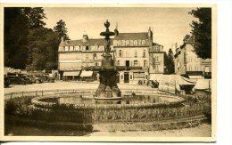 GUERET (23) - Place Bonnyaud - Fontaine Des Trois Grâces - Guéret