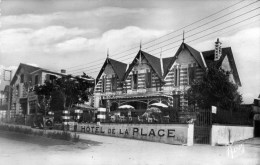 44 PREFAILLES Cpsm L´Hotel De La Plage - Préfailles