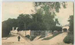 18528 - SUCY EN BRIE - LE ROND POINT PERRAULT - Sucy En Brie