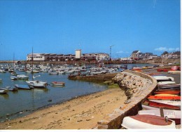 La Turballe.. Le Port La Criée Voiliers Voiture - La Turballe