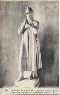 CP - 18 -  Cathédrale De Bourges - Statue De Jeanne D'Arc. - Bourges