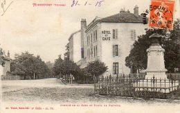 CPA - MIRECOURT (88 ) - Vue Du Buste De Pasteur ,de L'Hôtel Et Café Et De L'Avenue De La Gare En 1918 - Mirecourt