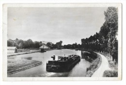Cpsm: 58 COSNE SUR LOIRE - LES FOUCHARDS Le Canal (Péniche, Grue) 1950 - Cosne Cours Sur Loire