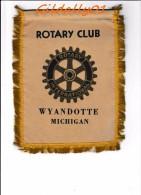 Banner:   WYANDOTTE - MICHIGAN.       * ROTARY CLUB INTERNATIONAL * - Organizations