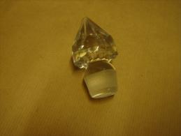 ED. 52. Magnifique Bouchon De Caraffe En Verre - Glass & Crystal