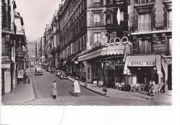 25558  PARIS 18EME - CARREFOUR ROCHECHOUART RUE DES MARTYRS -22304 Estel -Royal Bar Coq  Vieille Voiture Traction