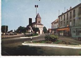 25560 ROMAINVILLE - Eglise Et Rue Carnot - 612 Ed Raymon- Tabac De La Mairie -