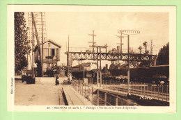 MIRAMAS : La Gare, Passage à Niveau Et Poste D'Aiguillage.  2 Scans. Edition Chabaud Ansaldi, Collection Mario - Autres Communes