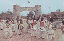 Divers     H13       Khattak Dance ........ - Pakistan