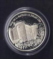 La Prise De La Bastille. 2000.   30 Mm.11.5 Gr. - Monnaies & Billets