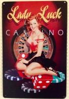 PIN-UP LADY LUCK CASINO - TIN SIGNS - Plaque Métallique Publicitaire Décorative - Plaques Publicitaires