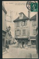 POISSY - La Vieille Maison Et La Rue Au Pain - Poissy