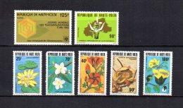 Alto Volta   1982   Y&T Nº   580 - 581 - 582/586    *   ( C/charniere ) - Haute-Volta (1958-1984)