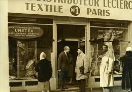 France Paris Premier Centre Leclerc Textile Boulevard Magenta Ancienne Photo 1960 - Photographs