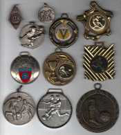 Lot De 11 Médailles Sport Football Soccer Dont 1 De 1927 ! - France